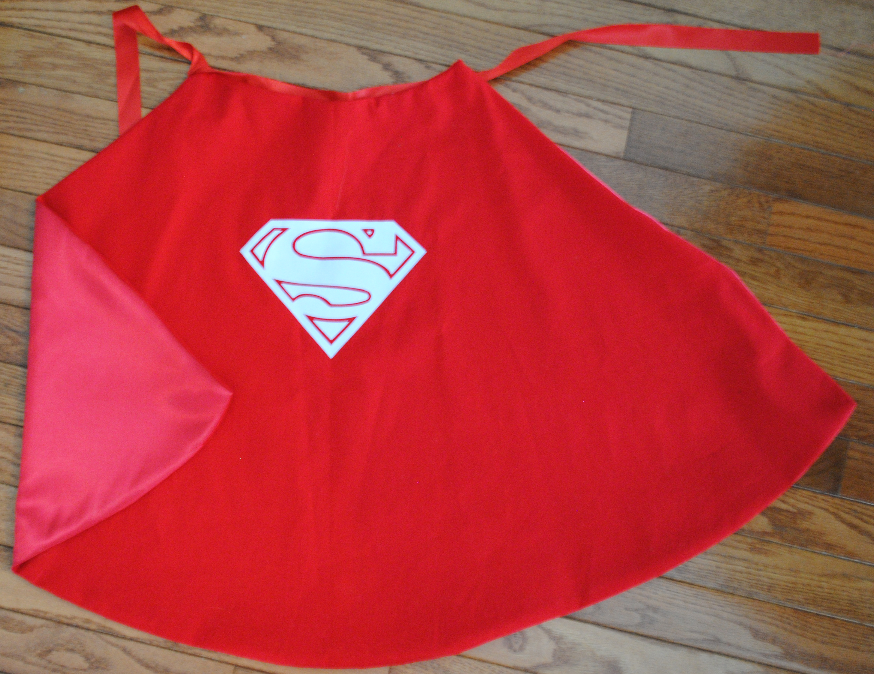 15 Minute Lined Superhero Capes Plus The Best Sewing Tip Ever