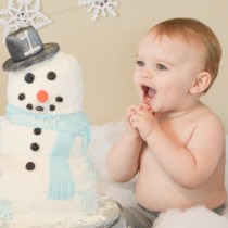 cake smash tips and ticks! This post has a ton of great ideas and suggestions!!