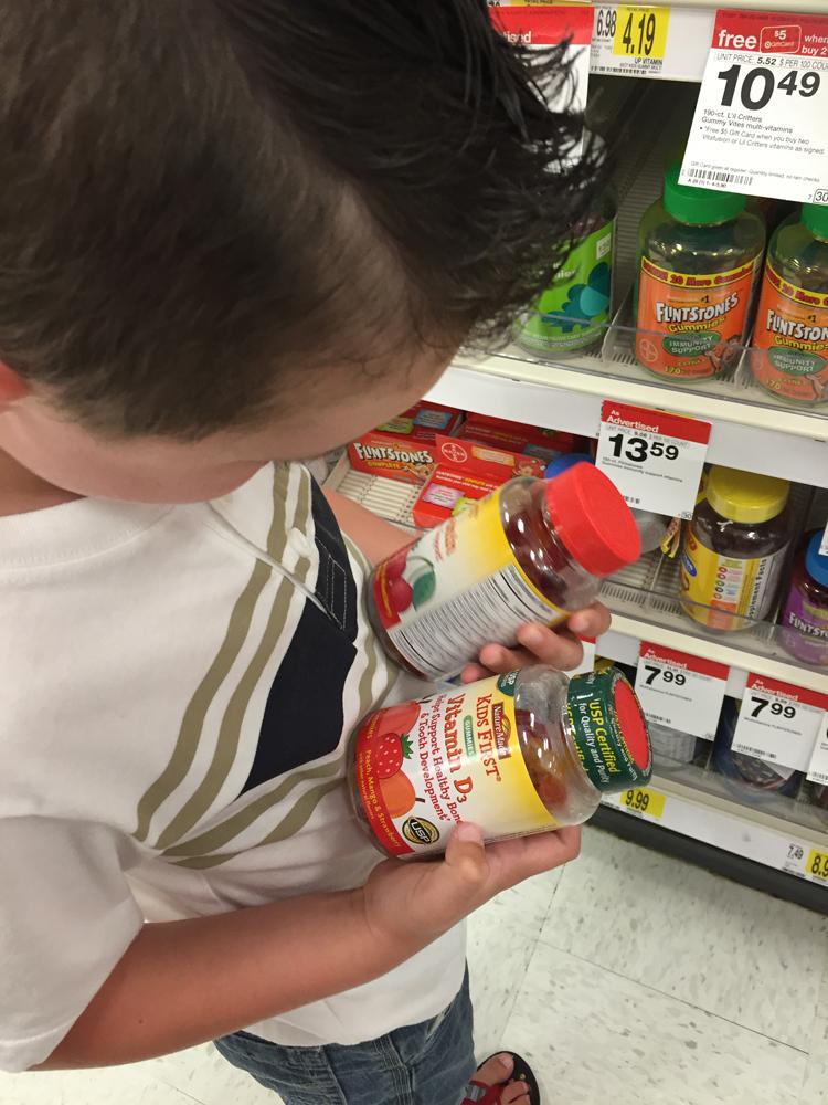 picking-his-gummies